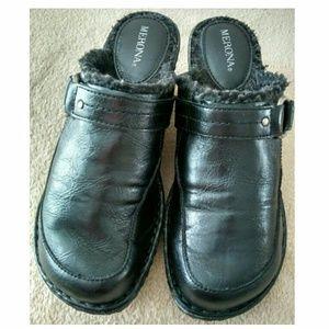 EUC Merona Black Clogs Faux Fur Insole 7M
